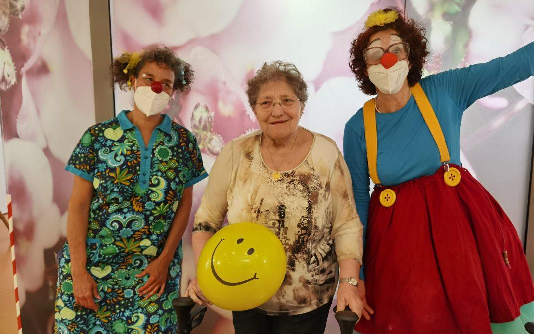 Clowns mit Herz im Haus St. Josef